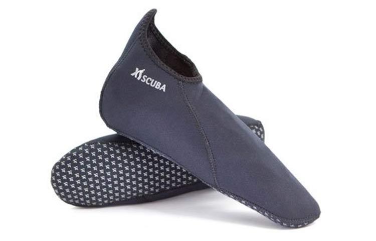 Best Neoprene Socks for Snorkeling
